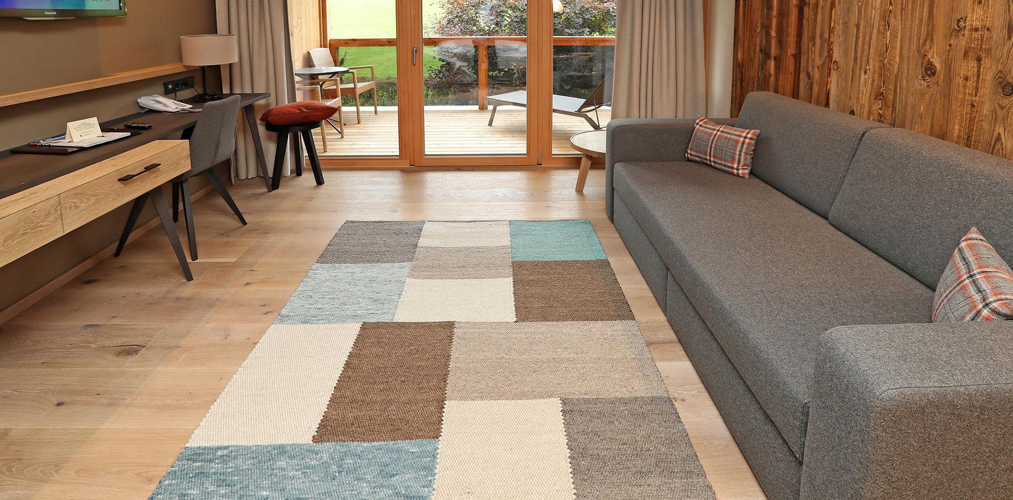 Wohnraum mit Mayrhofen Teppich